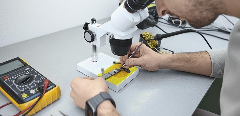 mantenimiento-equipos-de-laboratorio-ceiinc-cali
